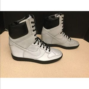Nike Shoes - Rare! Womens Nike Dunk Sky Sneakerboots. Size 8.